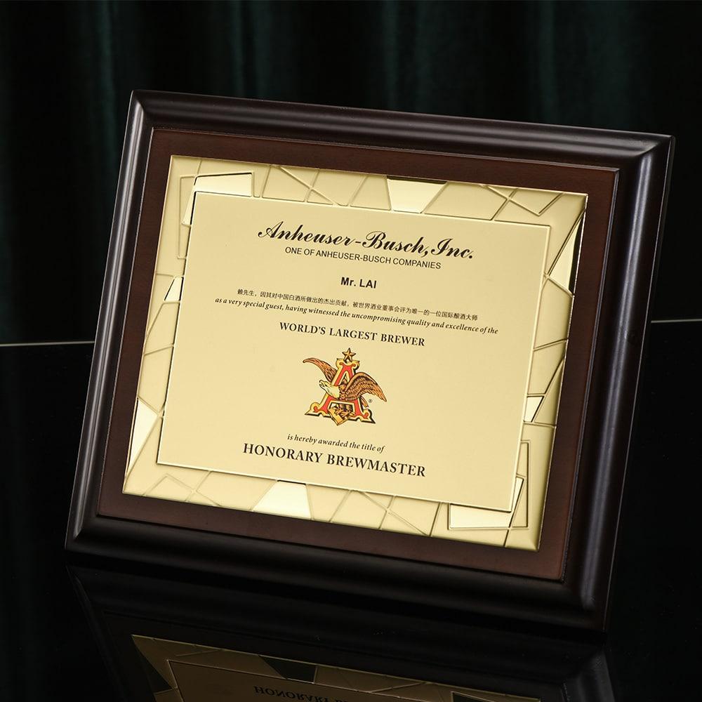 诺格精艺进口奖牌金色浮雕花纹镜面实物-成都高端奖牌定制